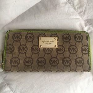 Michael Kors zip up wallet